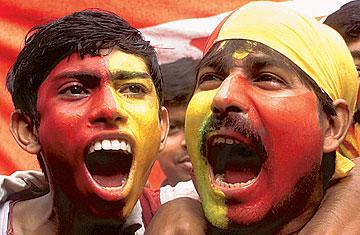 a_india_football_1015.jpg